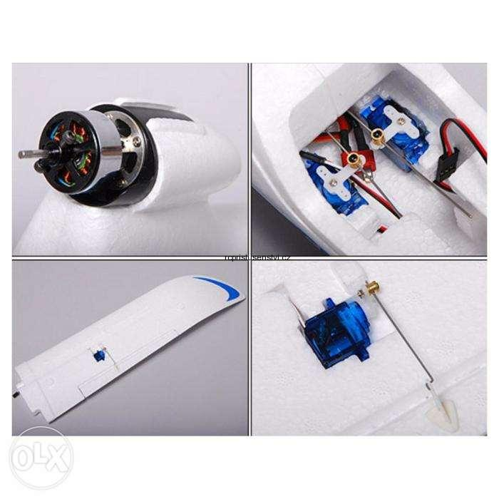 RC model AXN Floater-Jet 1290mm EPO (PNF)