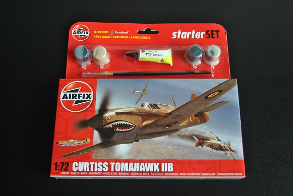 1:72 Curtiss Tomahawk IIB Starter Set